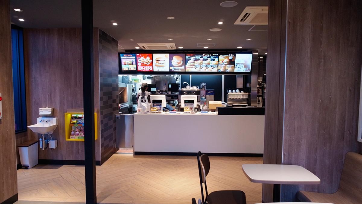 マクドナルド41号犬山エッソ店-増築リニューアル工事-内観-改装後
